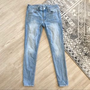 AE Super Stretch Jegging Jeans Skinny Light Wash 6